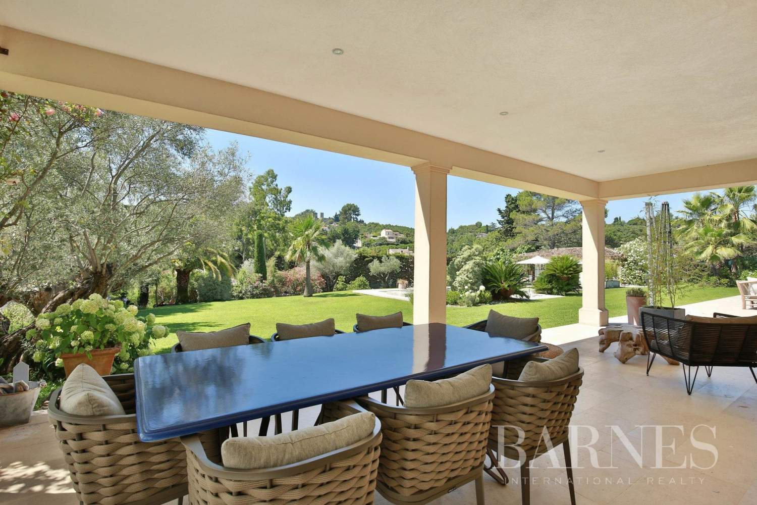 Valbonne  - Property 8 Bedrooms - picture 3