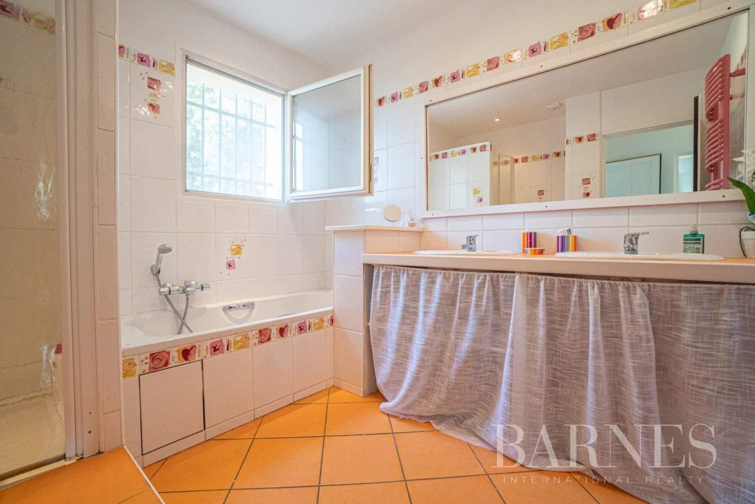 Grasse  - Maison 6 Pièces 4 Chambres - picture 18