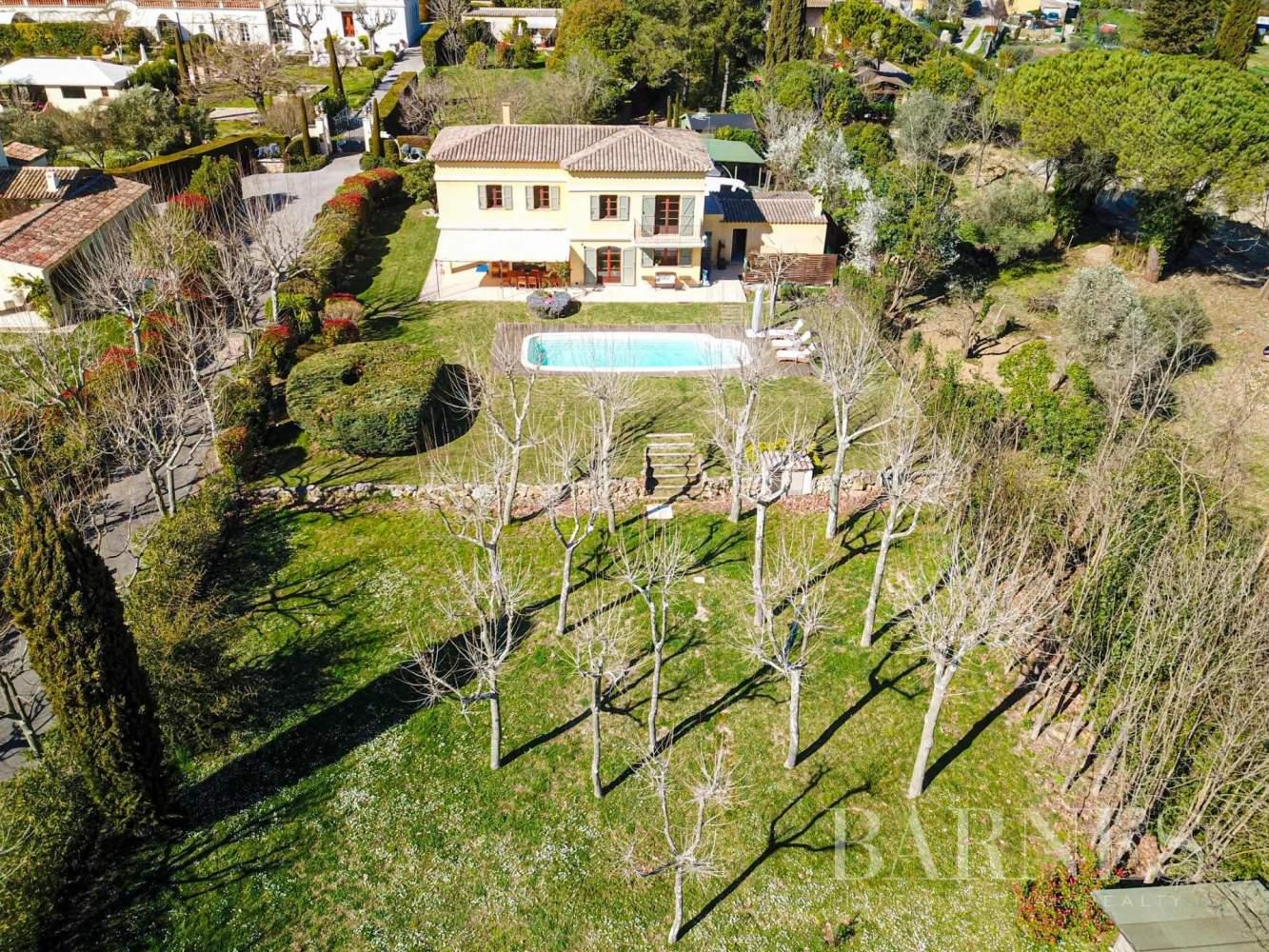 Valbonne  - Villa 5 Pièces 4 Chambres - picture 9