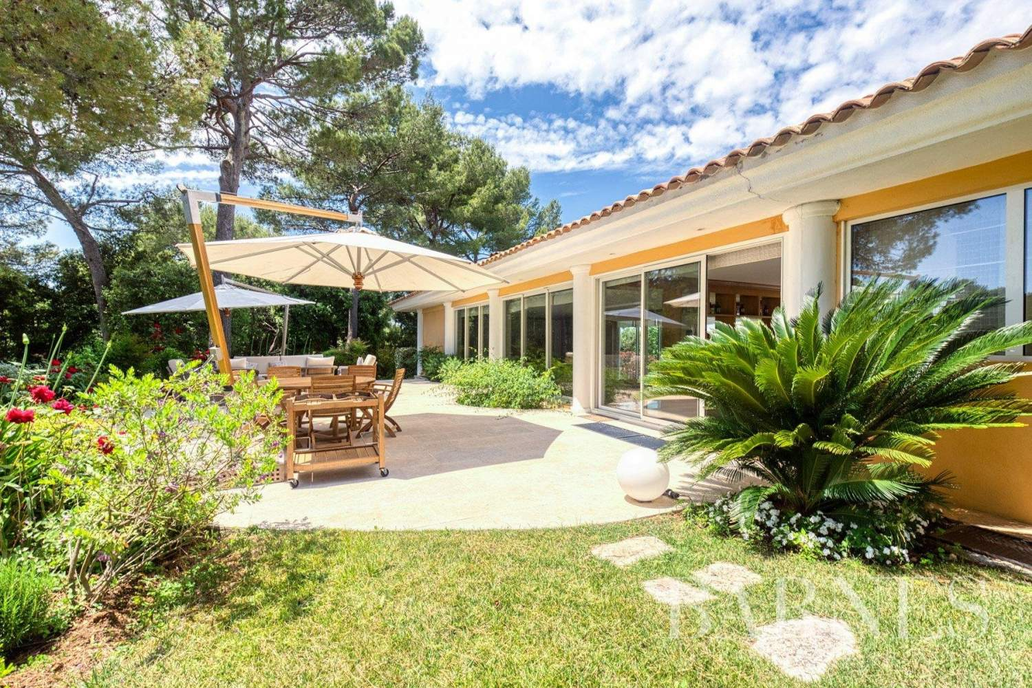 Mougins  - House 5 Bedrooms - picture 8