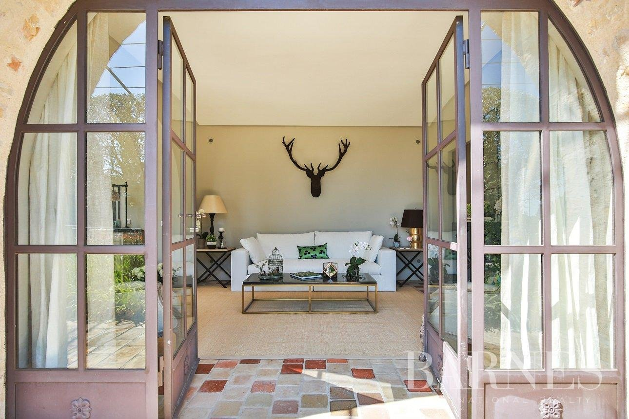Mougins  - House 7 Bedrooms - picture 10