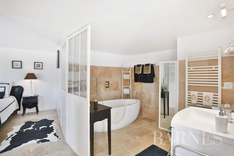 Mougins  - Maison 8 Pièces 5 Chambres - picture 18