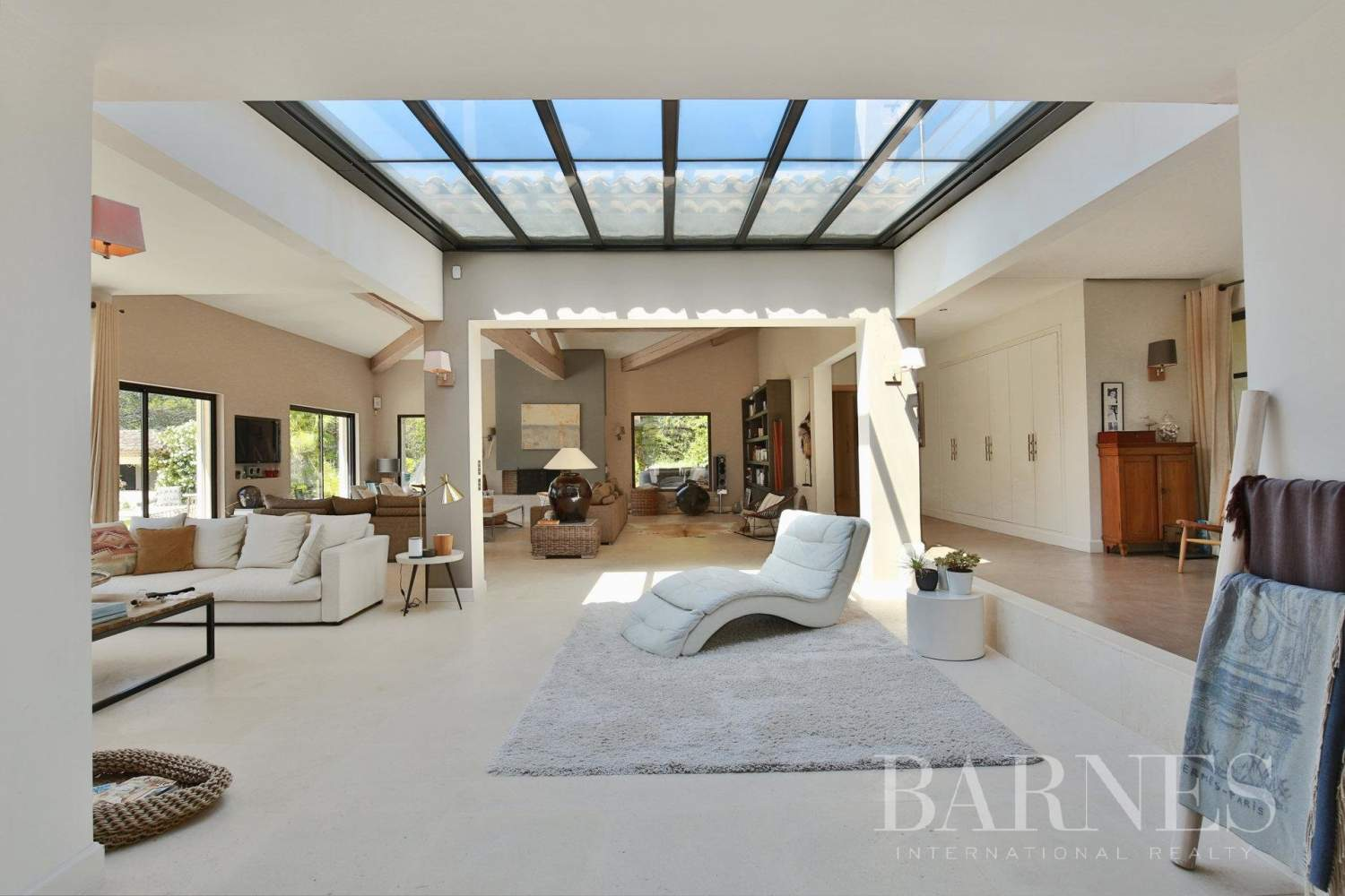 Valbonne  - Property 8 Bedrooms - picture 6