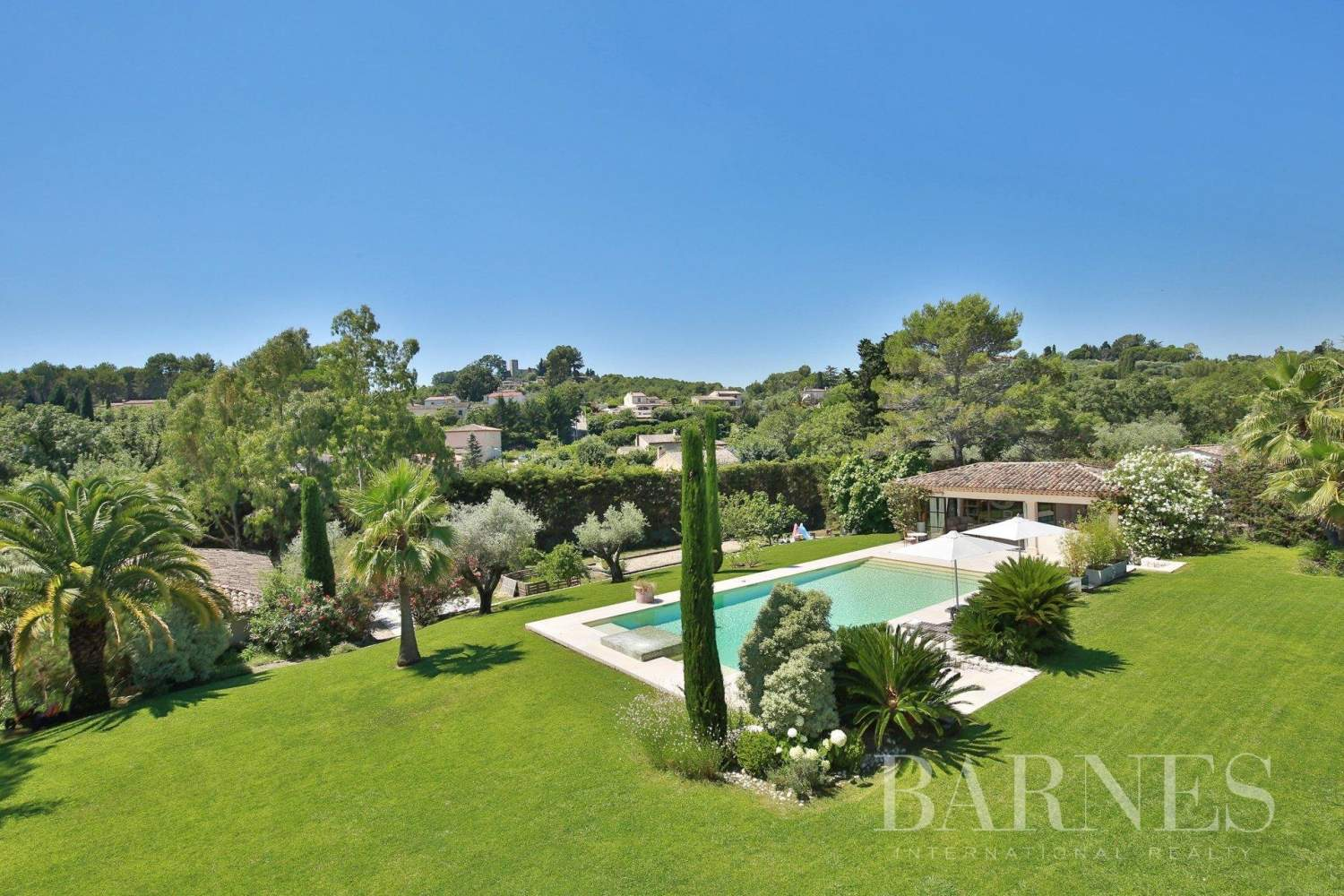 Valbonne  - Property 8 Bedrooms - picture 4