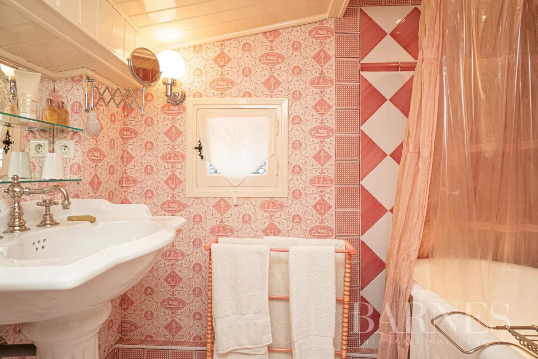 Grasse  - Maison 14 Pièces 8 Chambres - picture 19