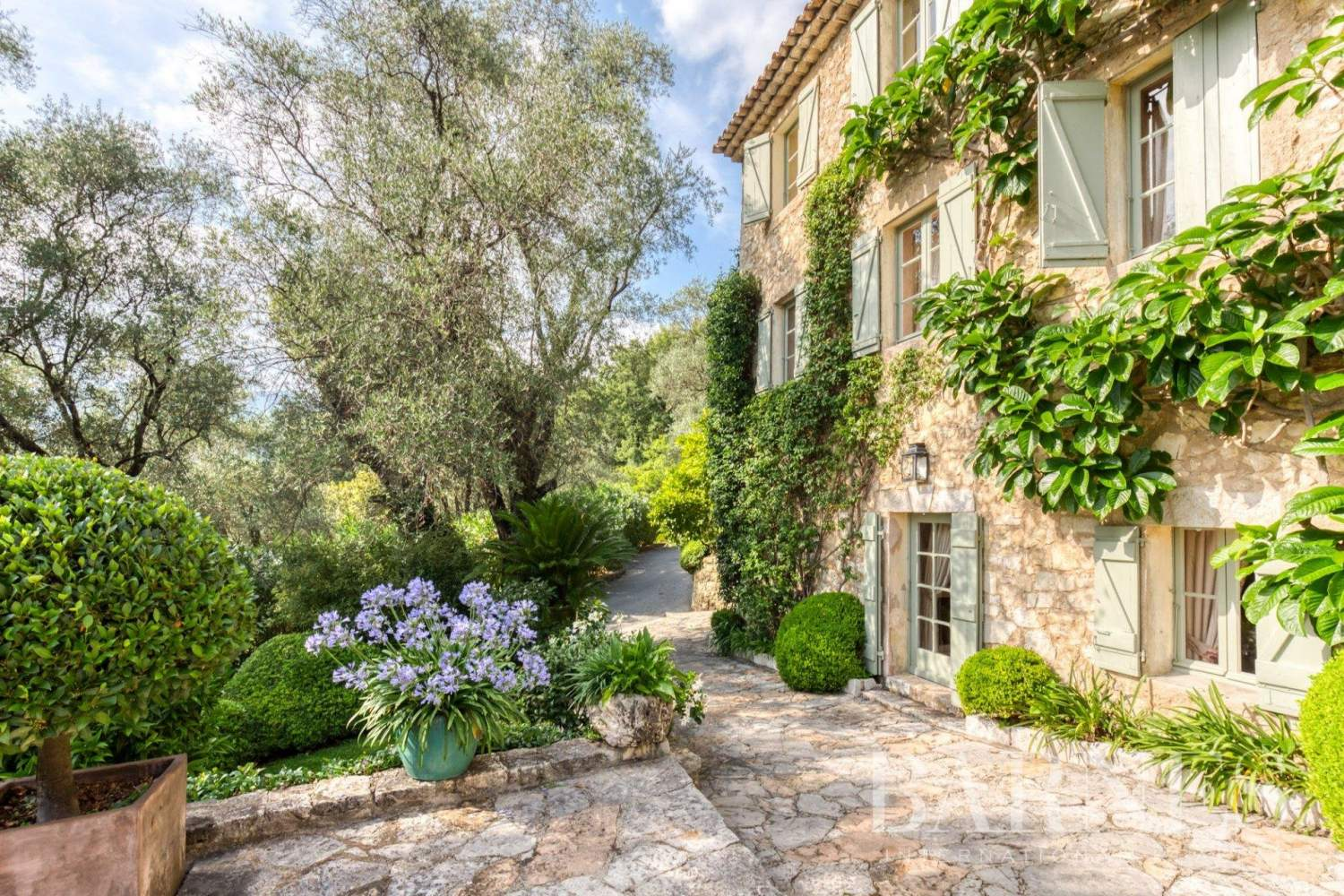 Grasse  - Property 13 Bedrooms - picture 1