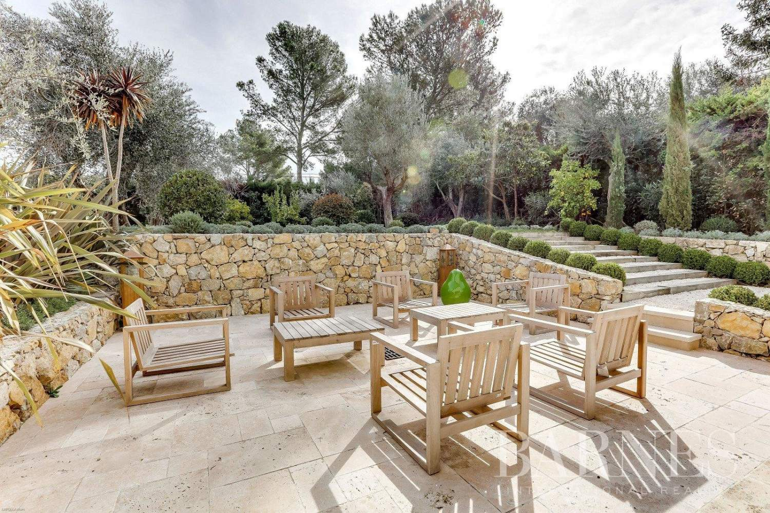 Mougins  - House 5 Bedrooms - picture 11
