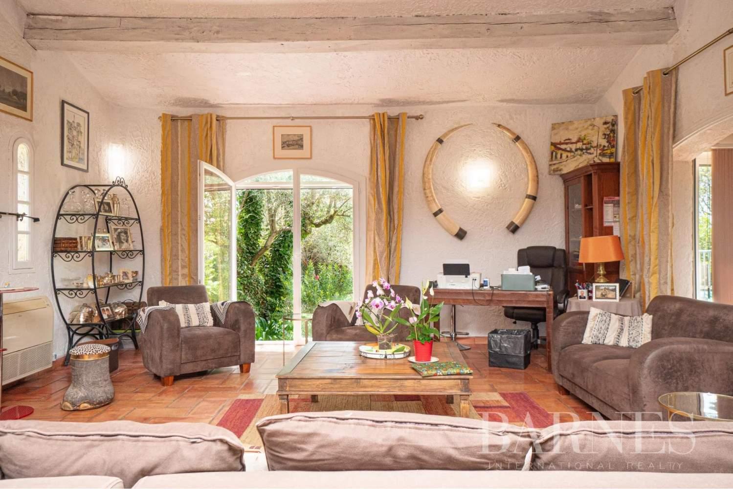 Grasse  - Maison 6 Pièces 4 Chambres - picture 8