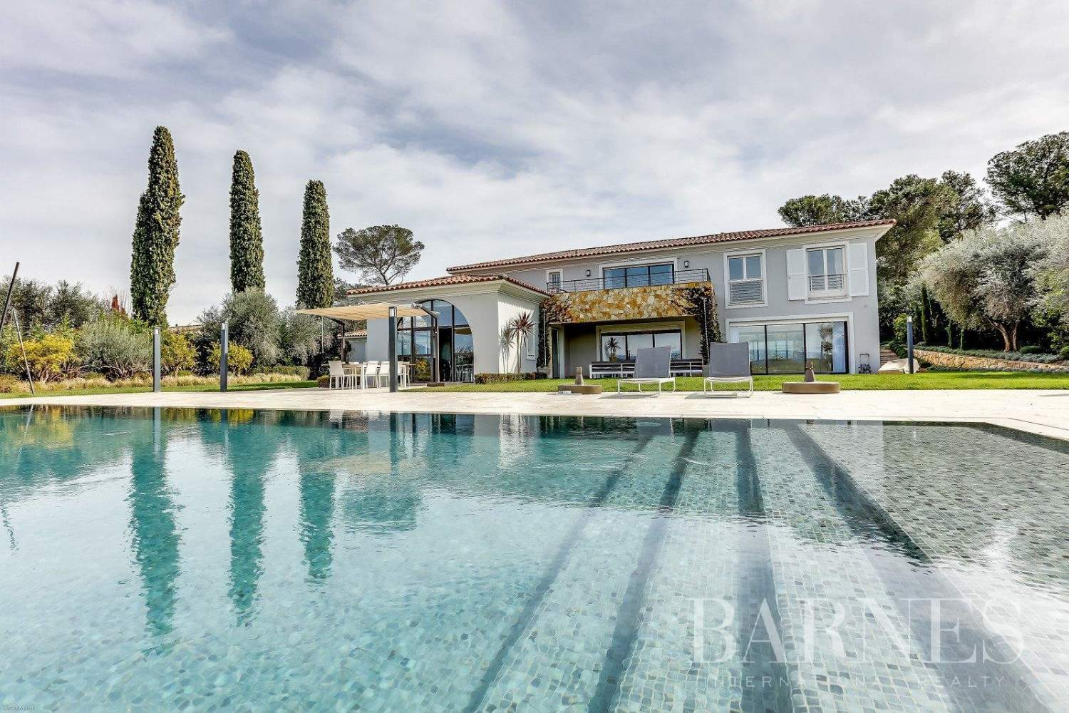Mougins  - House 5 Bedrooms - picture 1