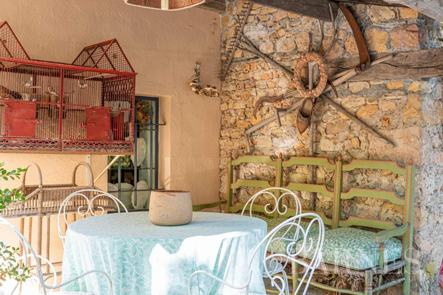 Grasse  - Maison 14 Pièces 8 Chambres - picture 13