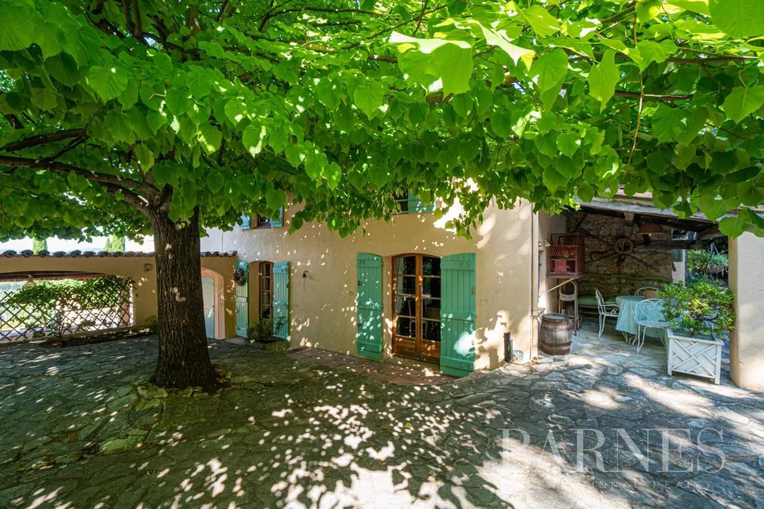 Grasse  - Maison 14 Pièces 8 Chambres - picture 1