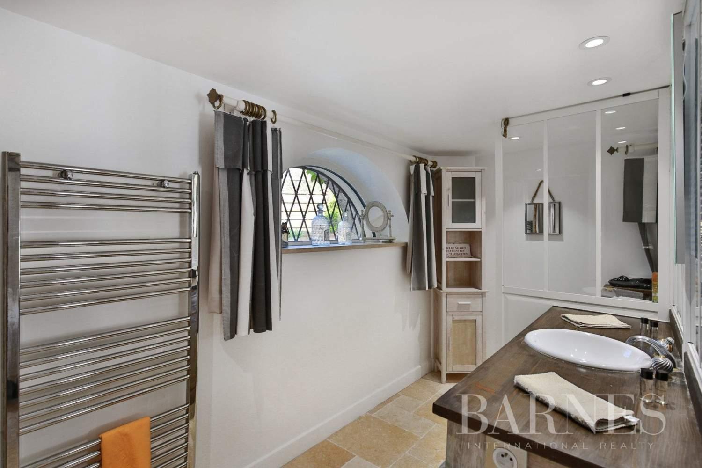 Mougins  - Maison 8 Pièces 5 Chambres - picture 19