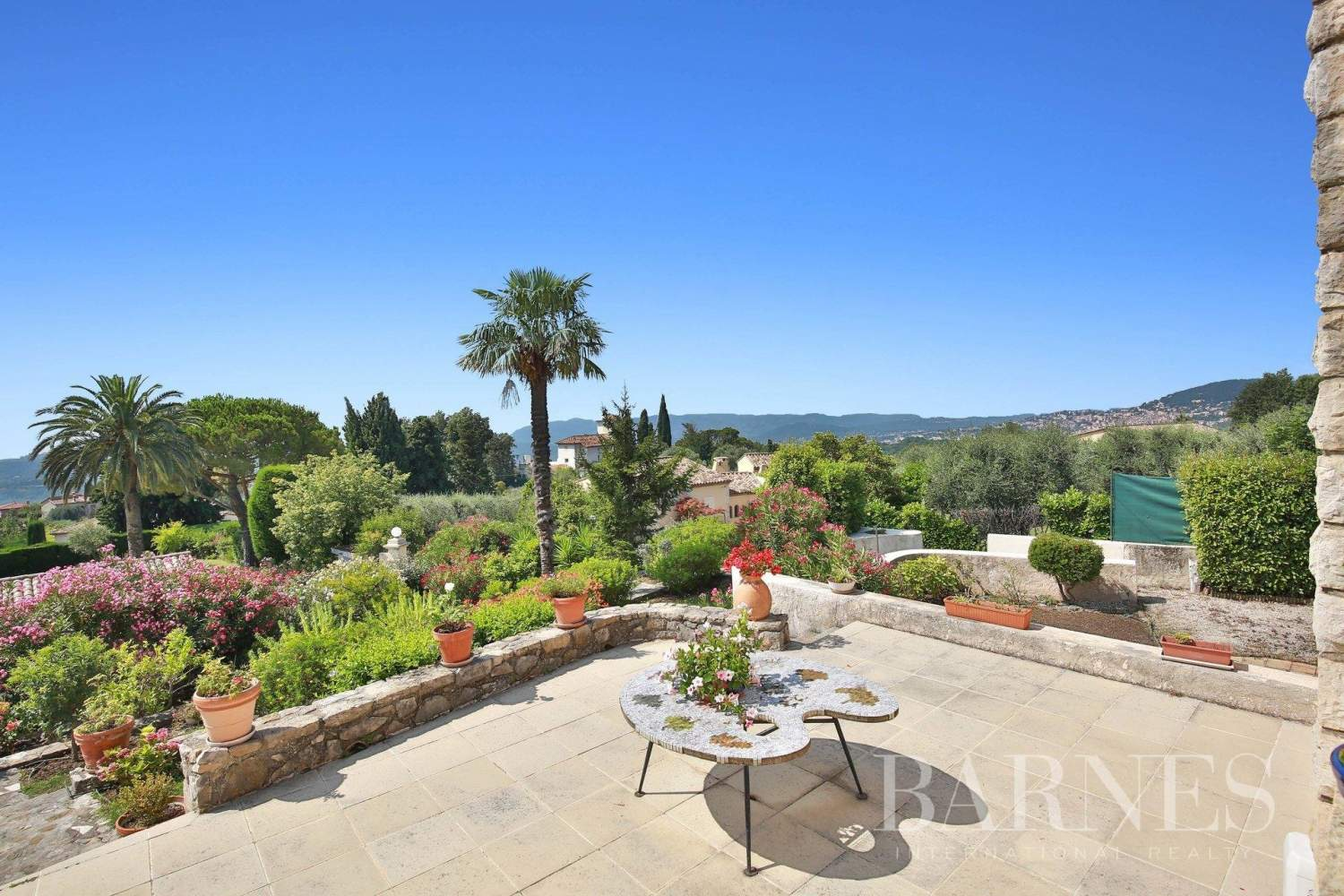 Châteauneuf-Grasse  - House 6 Bedrooms - picture 4