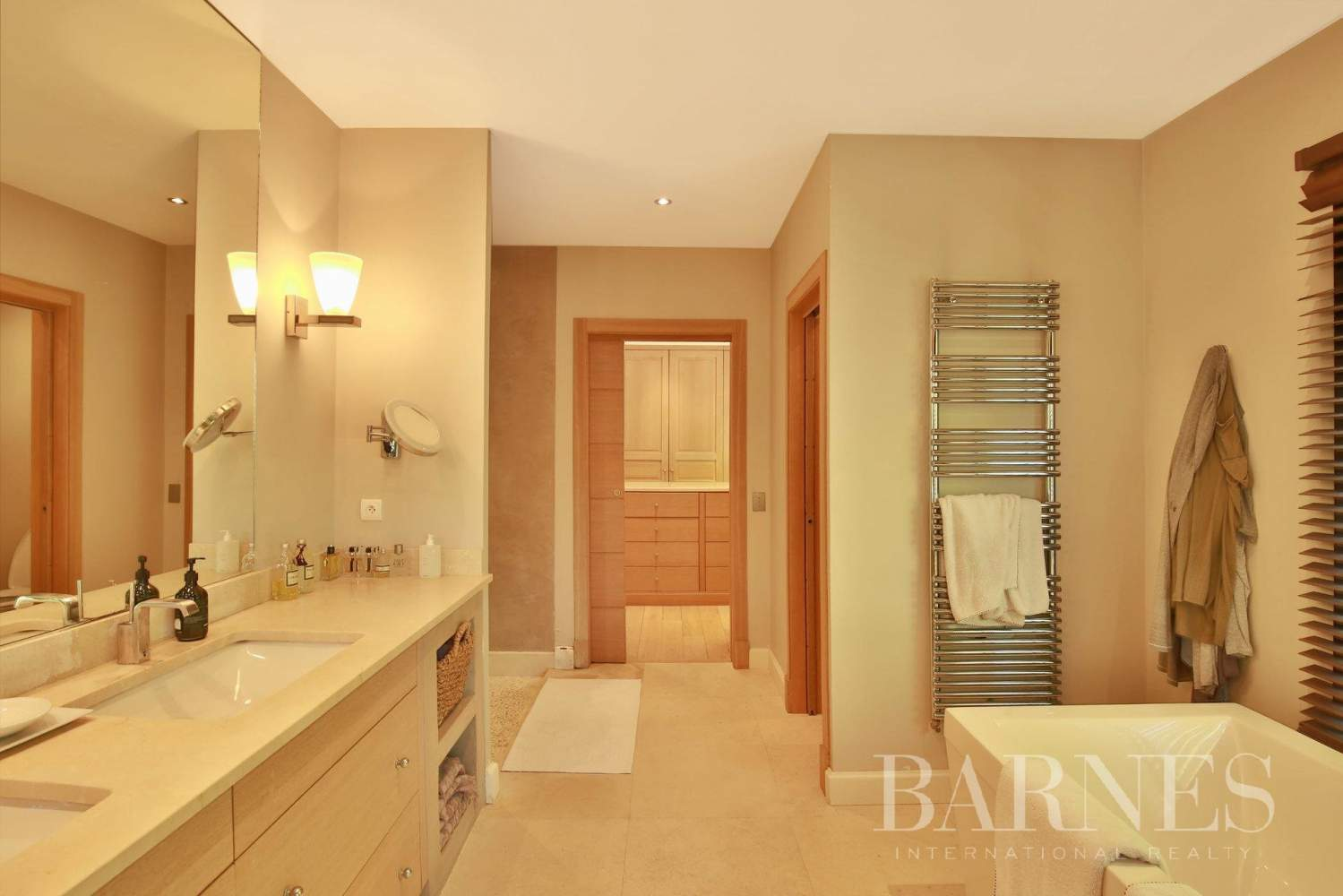 Valbonne  - Property 8 Bedrooms - picture 19