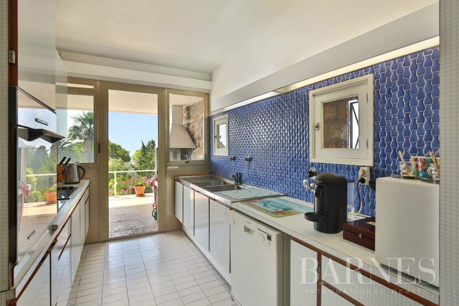 Châteauneuf-Grasse  - House 6 Bedrooms - picture 11