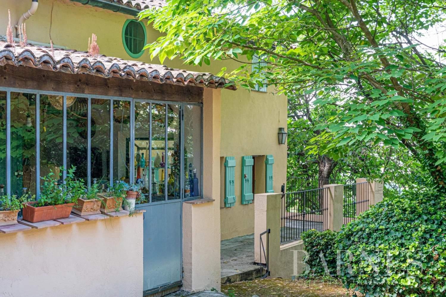 Grasse  - Maison 14 Pièces 8 Chambres - picture 10