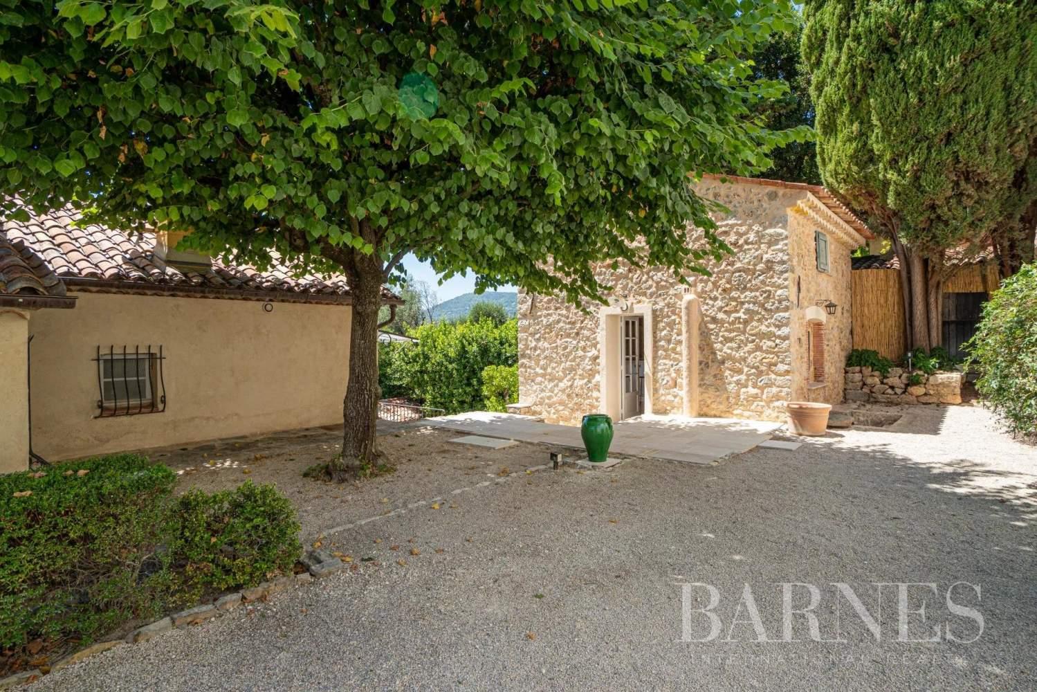 Grasse  - Maison  6 Chambres - picture 11
