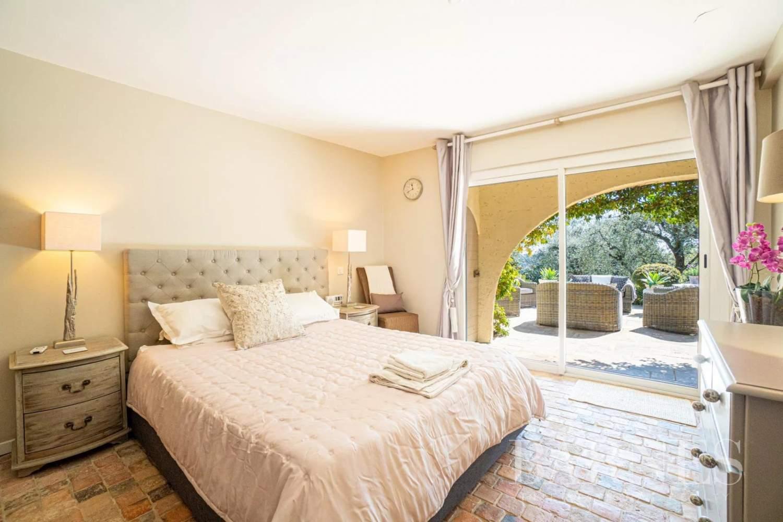 Mouans-Sartoux  - Villa 5 Pièces 4 Chambres - picture 9