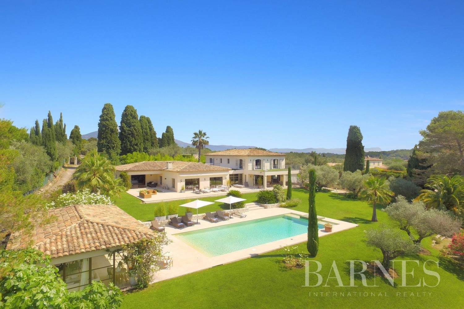 Valbonne  - Property 8 Bedrooms - picture 1