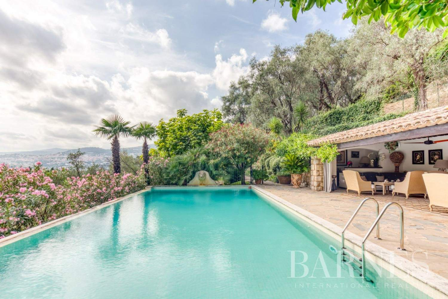 Grasse  - Property 13 Bedrooms - picture 2