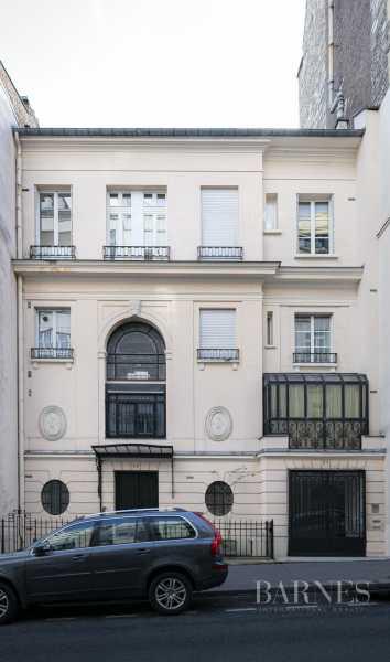Paris  - Appartement 20 Pièces 4 Chambres
