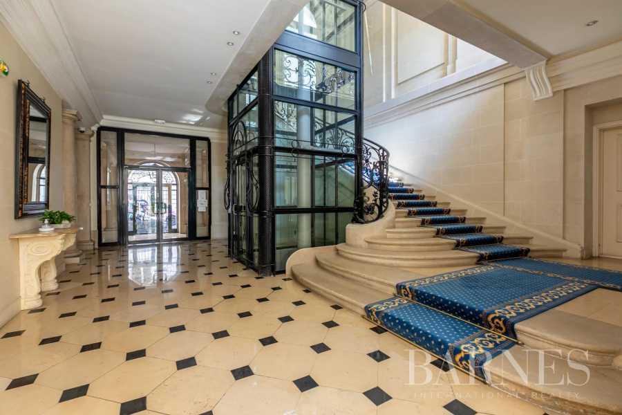 Apartment Paris 75016