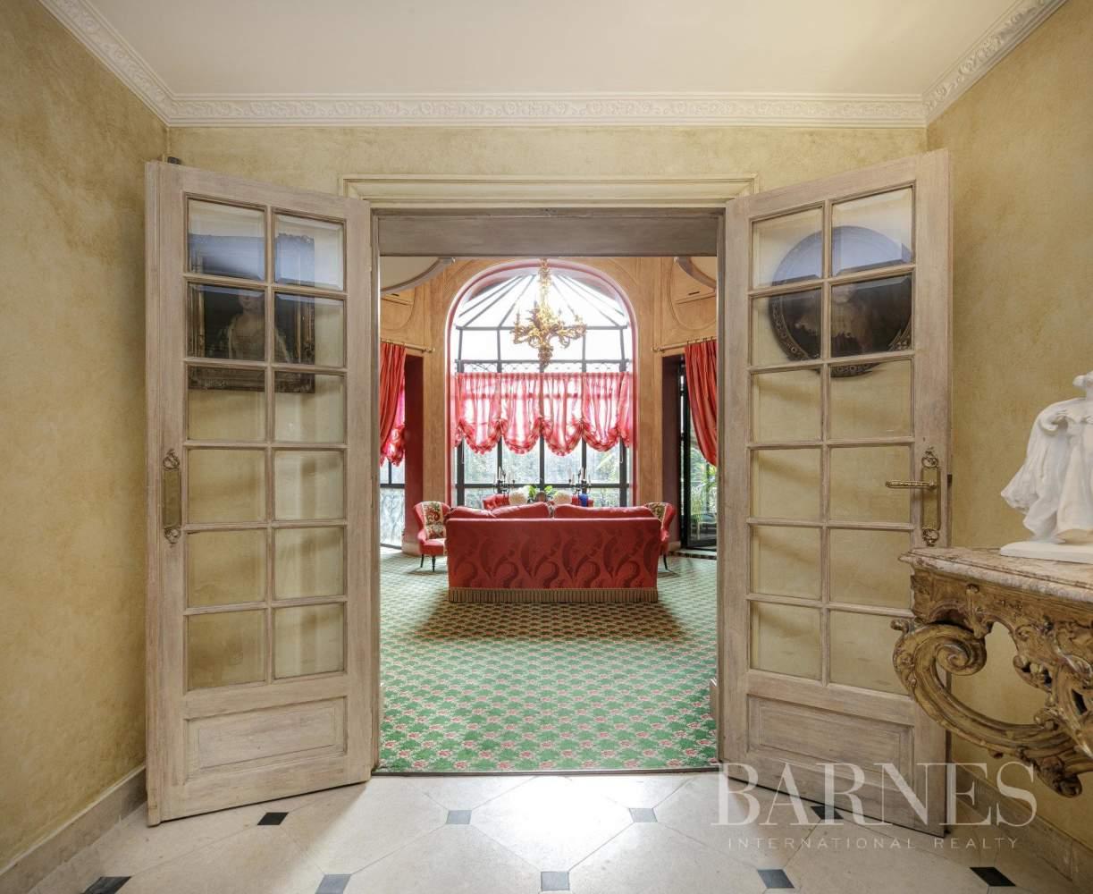 Paris  - Appartement 20 Pièces 4 Chambres - picture 9