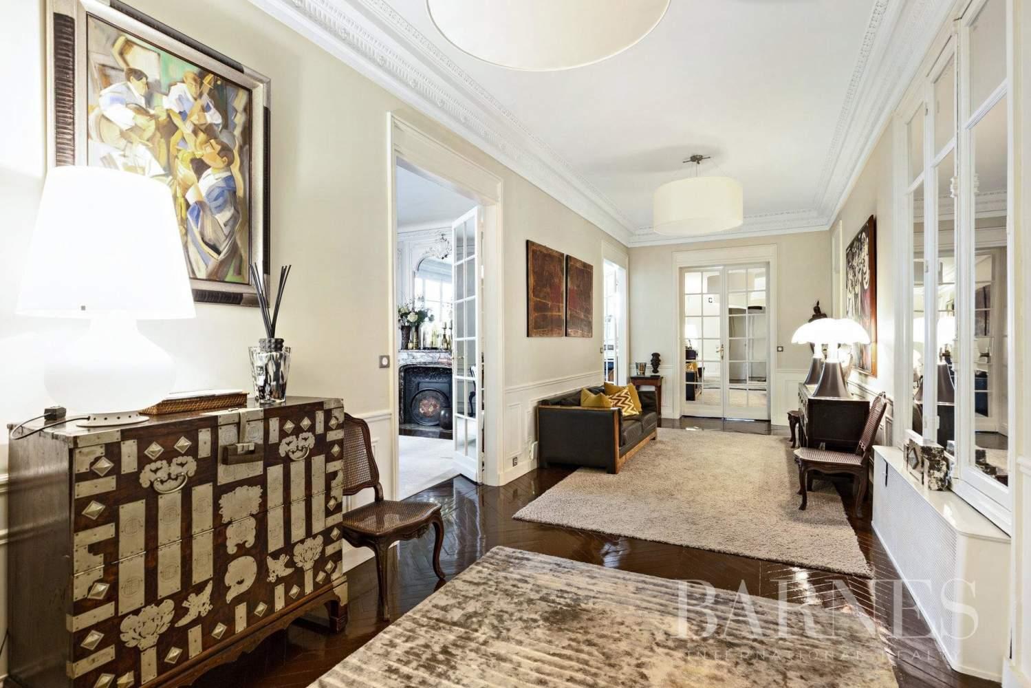 Paris  - Appartement 5 Pièces 4 Chambres - picture 12