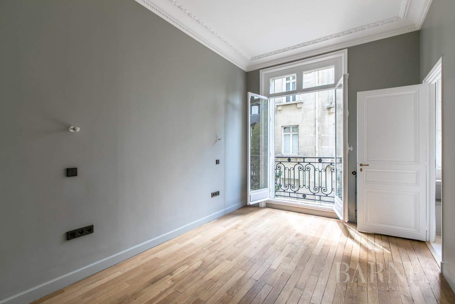 Paris  - Appartement 7 Pièces 5 Chambres - picture 16