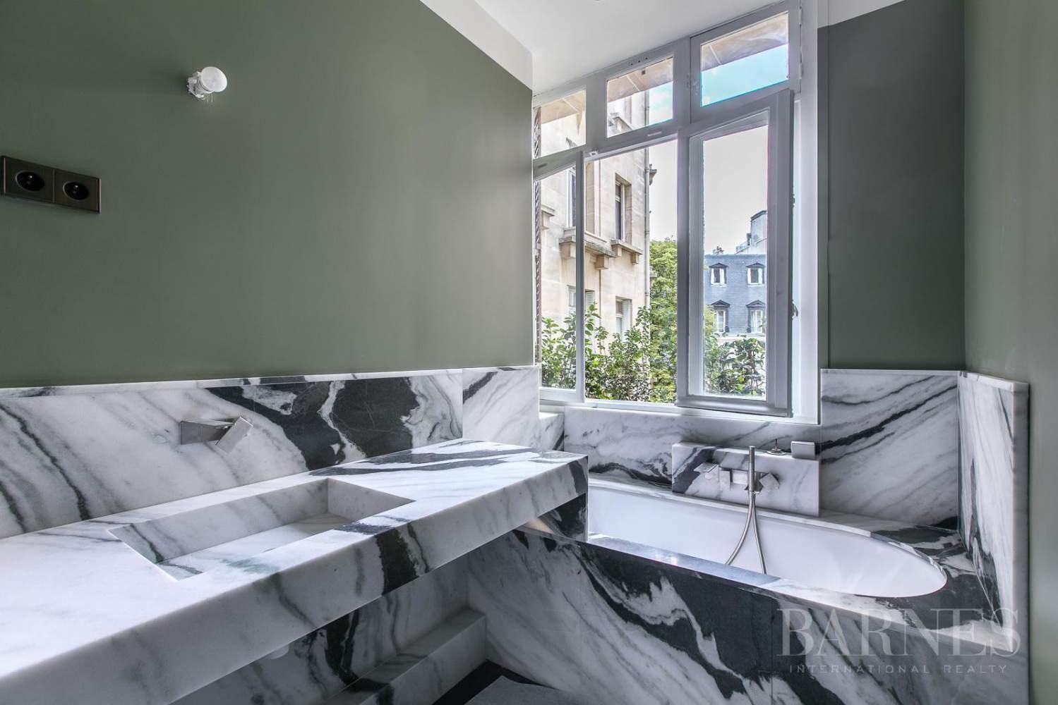 Paris  - Appartement 7 Pièces 5 Chambres - picture 7