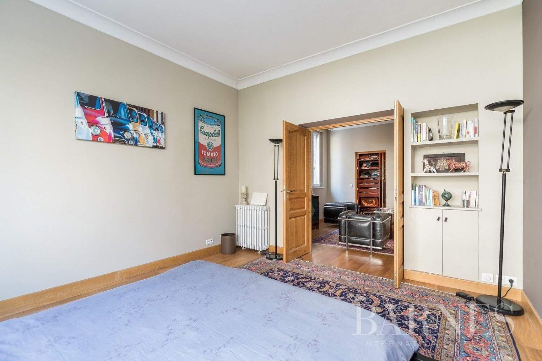 Paris  - House 5 Bedrooms - picture 18
