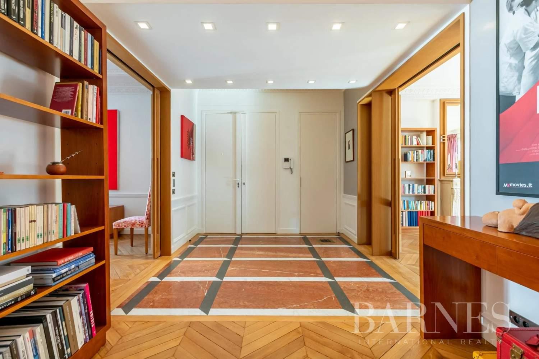 Paris  - Apartment 4 Bedrooms - picture 4