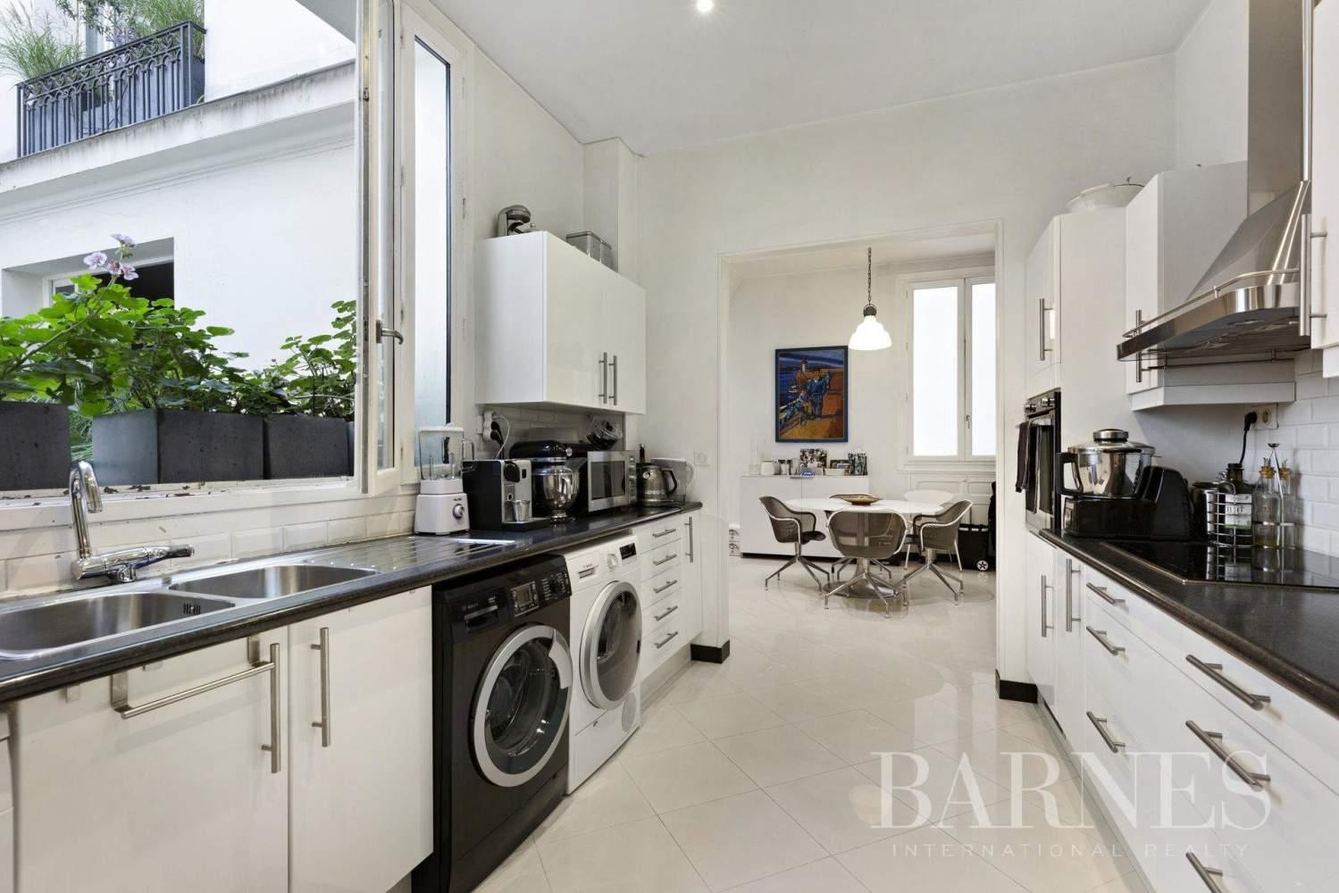 Paris  - Appartement 5 Pièces 4 Chambres - picture 9