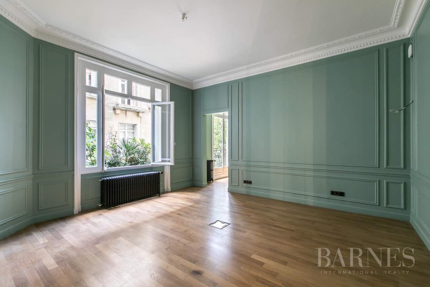 Paris  - Appartement 7 Pièces 5 Chambres - picture 5