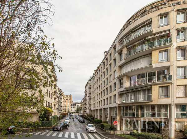 Studio Paris 75016  -  ref 4708859 (picture 2)