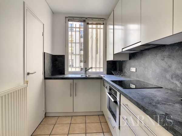Appartement Paris 75010  -  ref 5180366 (picture 2)