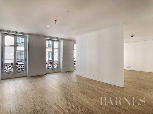 Appartement Paris 75010  -  ref 5373532 (picture 2)