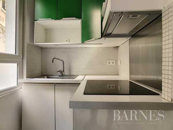 Appartement Paris 75018  -  ref 5482475 (picture 2)