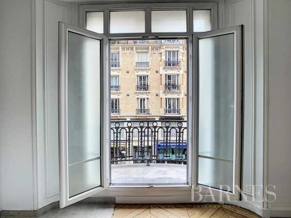 Appartement Paris 75010  -  ref 5075037 (picture 3)