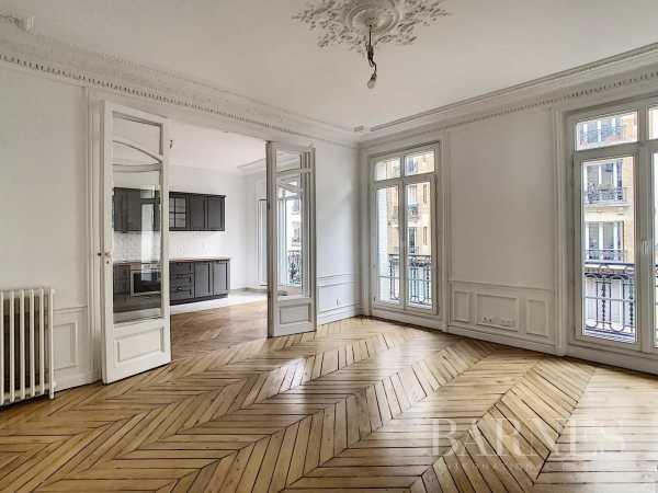 Appartement Paris 75010  -  ref 5075037 (picture 2)