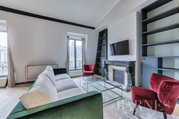 Appartement Paris 75018  -  ref 3291384 (picture 2)