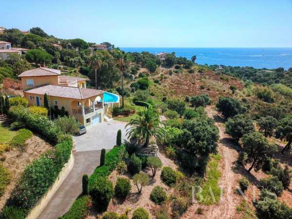 Villa Sainte-Maxime  -  ref 5979609 (picture 1)