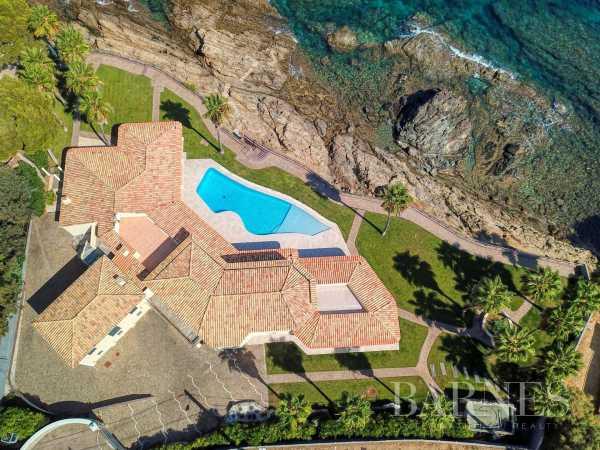 Villa Les Issambres  -  ref 5429785 (picture 1)