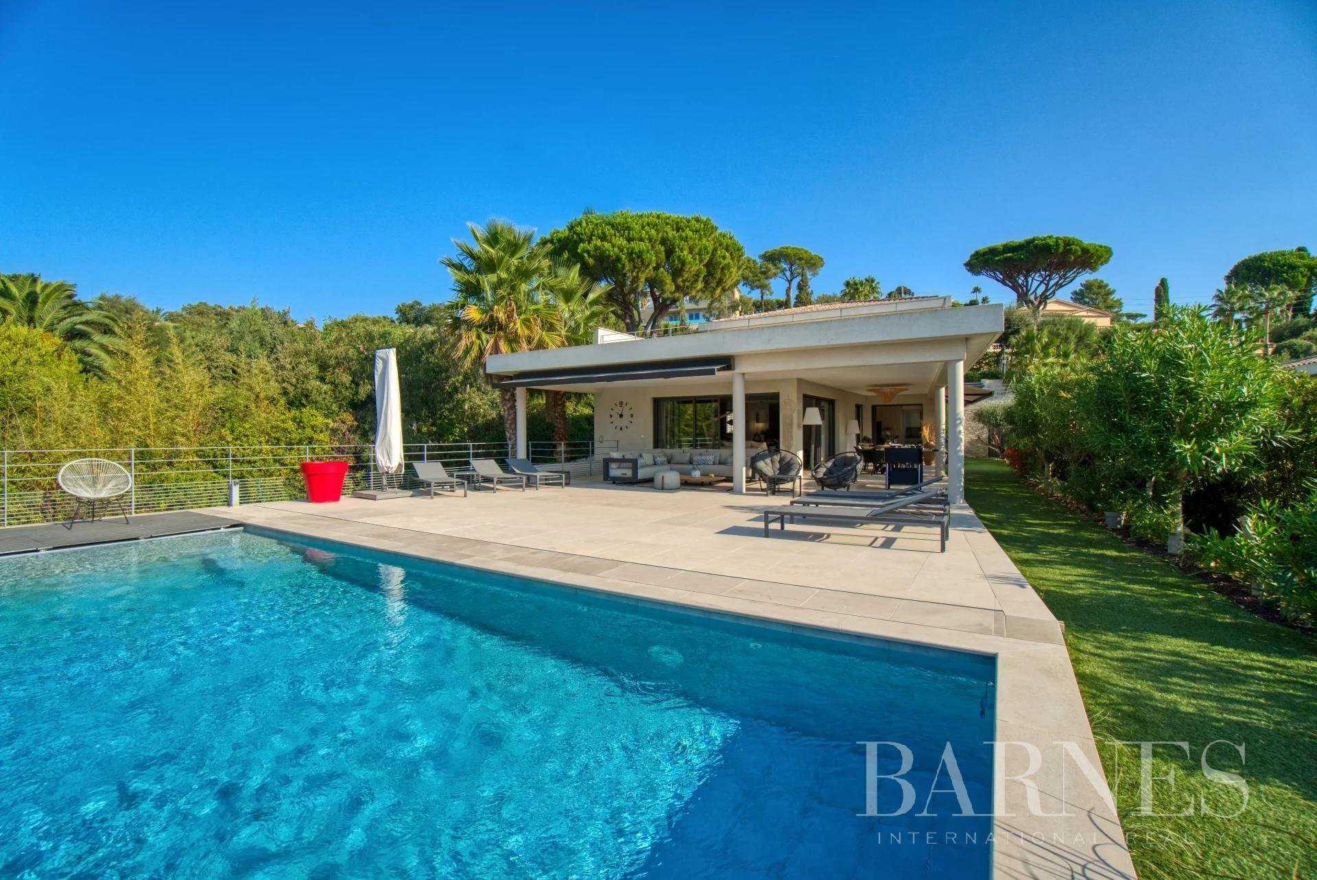 Villa Sainte-Maxime  -  ref 6117114 (picture 2)