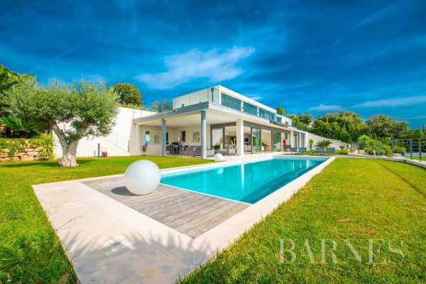 Villa Les Issambres  -  ref 5525079 (picture 1)