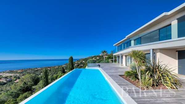 Villa Les Issambres  -  ref 3998185 (picture 3)