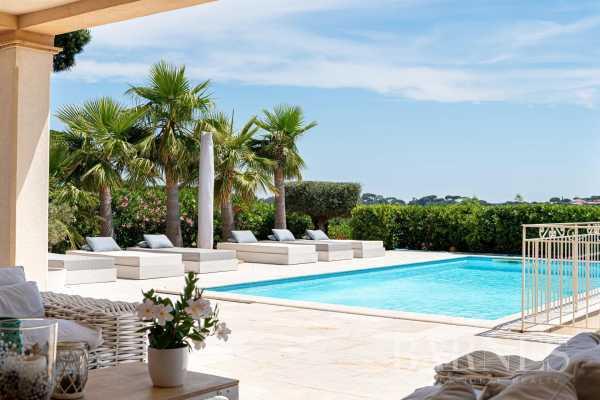 Villa Sainte-Maxime  -  ref 5513375 (picture 2)