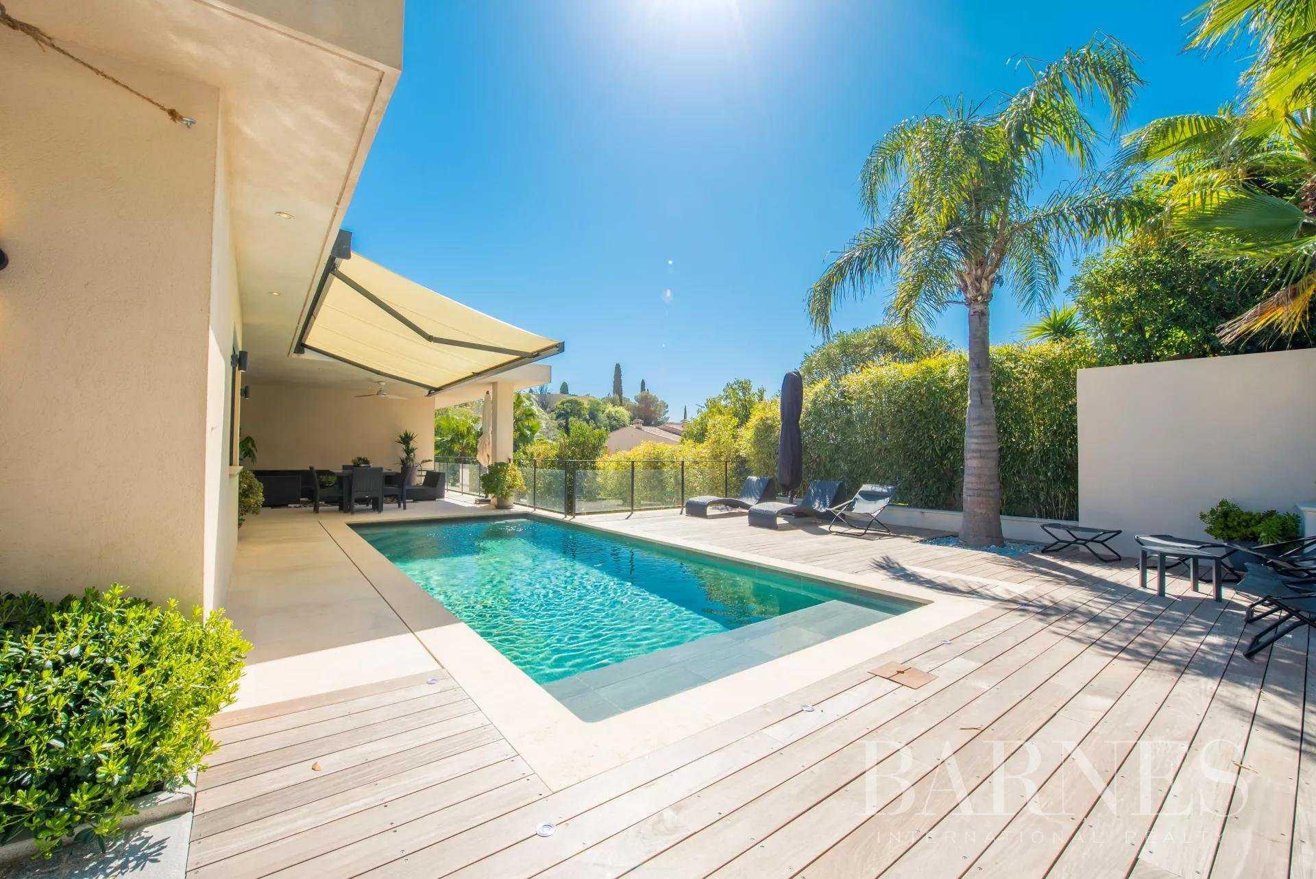 Villa Sainte-Maxime  -  ref 5182694 (picture 1)