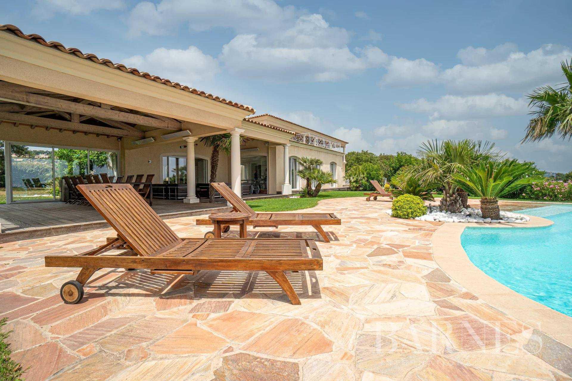 Villa Sainte-Maxime  -  ref 5895821 (picture 3)