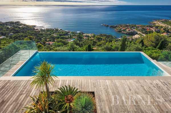 Villa Les Issambres  -  ref 3998185 (picture 1)